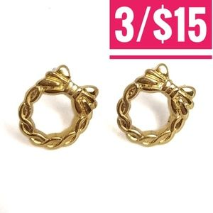 Vintage Avon Wreath Post Earrings 14KGP